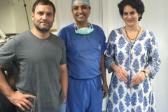 Dr. Prateek with Rahul and Priyanka Gandhi at the time of operation on Soniya Gandhi