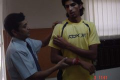 Ishant Sharma Indian cricketer treated by  Dr. Prateek for shoulder pain